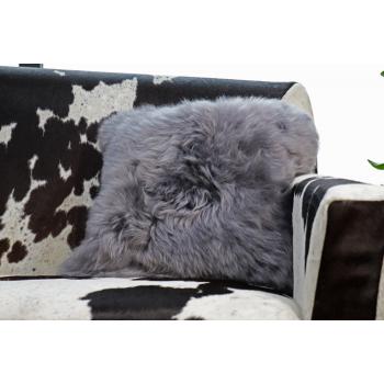 Coussin en peau de mouton gris